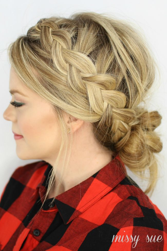 messy bun with braid tutorial